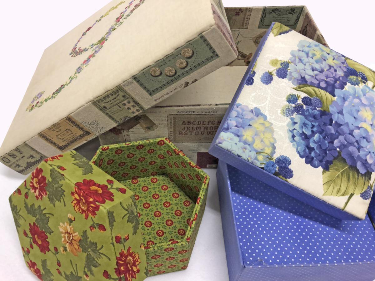 scatole cucite - immagine